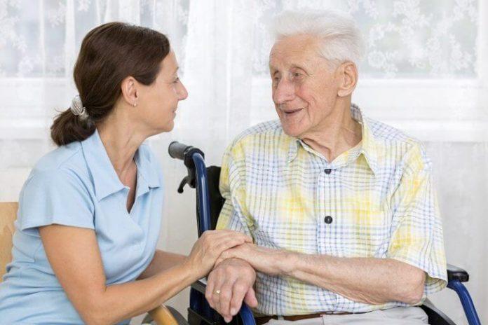 Как помочь больному Альцгеймером