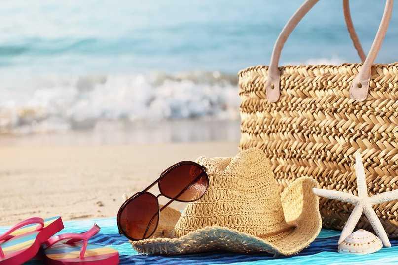 10 вещей, которые стоит взять на пляж каждой девушке