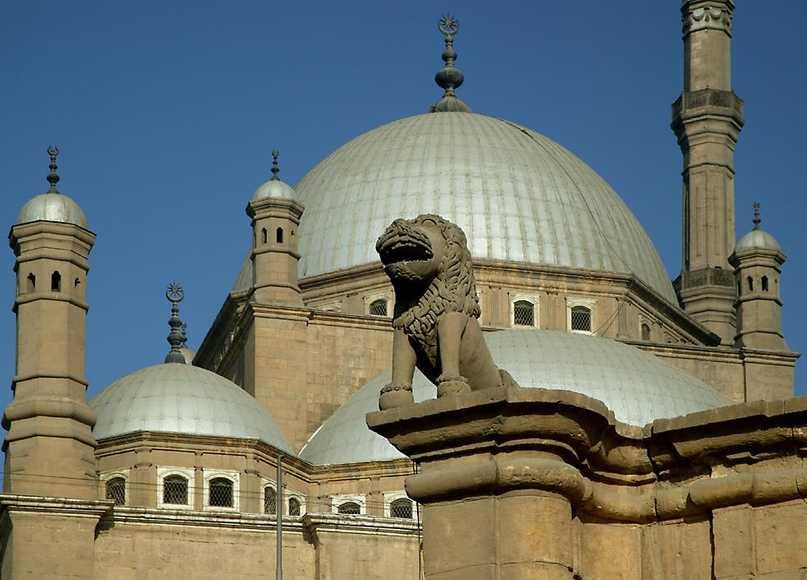 Египтяне следуют Исламу
