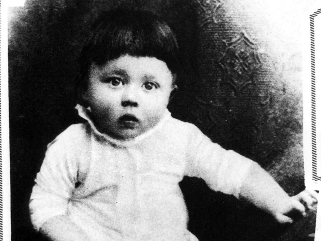 Гитлер маленький